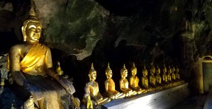 洞窟の仏さま