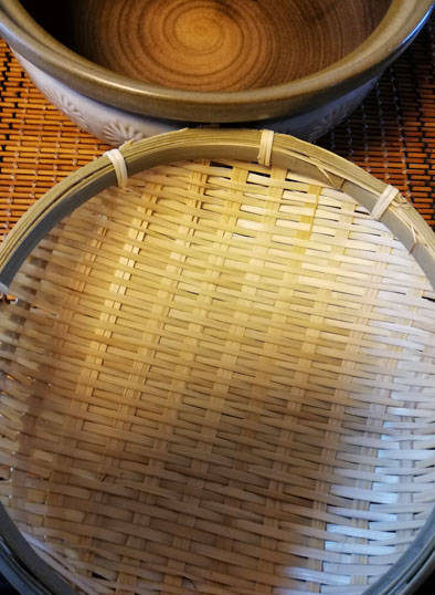 ザルと土鍋
